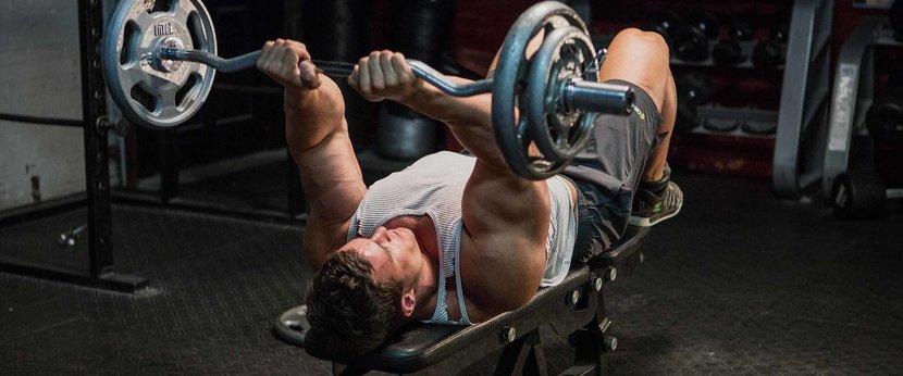 10 migliori esercizi per tricipiti per la costruzione muscolare