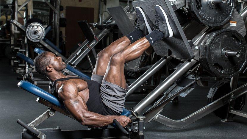 Allenamenti delle gambe per uomini: i 7 migliori allenamenti per quad, glutei e prosciutti più spessi